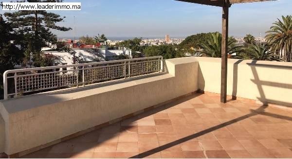 Villa à louer à Rabat Hassan de 400 m²