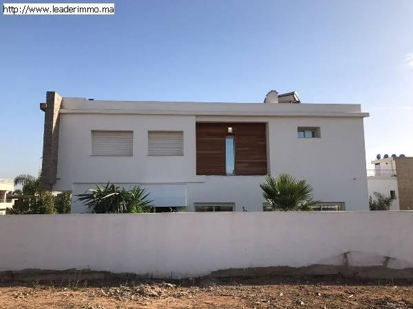 Témara  A vendre villa 460 m²