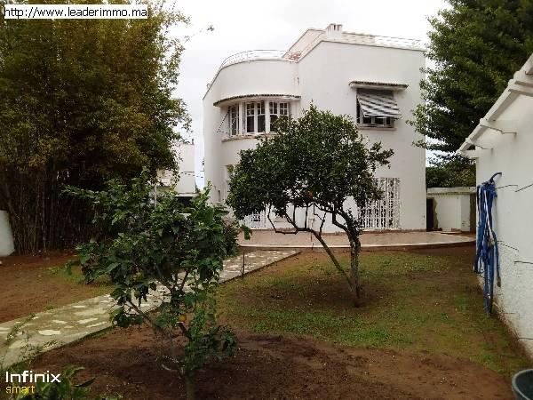 Rabat Hassan Villa à louer 500 m²
