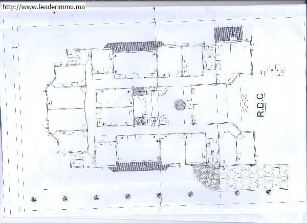Rabat Souissi: location villa à usage bureau.