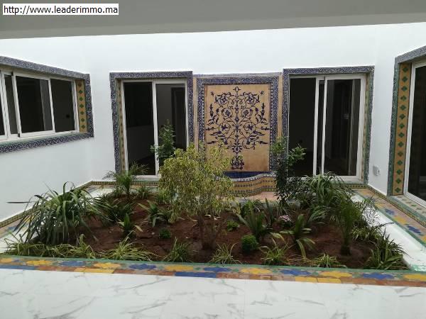 Rabat Souissi: villa 1000 m² en location