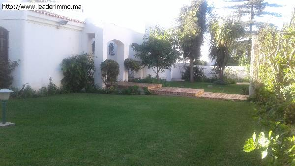 Rabat Souissi villa en location 1850 m²