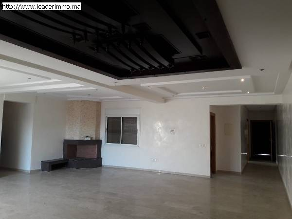 Rabat Hay Riad Appartement en location 160 m²