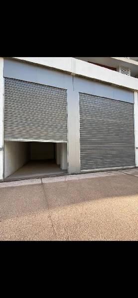 Offre similaire : Location d'un local commercial à préstigia Riad Al andalous.
