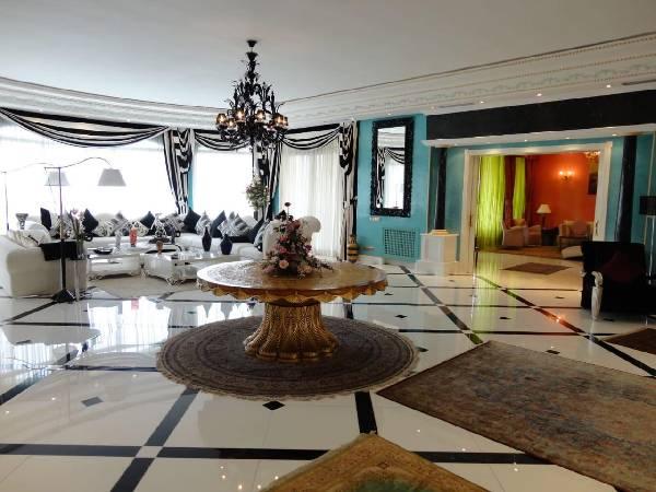 Offre similaire : Villa de luxe à vendre à Souissi les ambassadeurs.