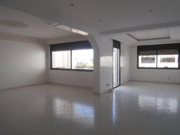 Appartement à louer Rabat, Riad.