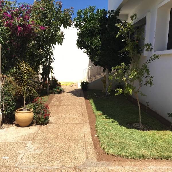 Etage villa à louer à Aviation, Rabat.